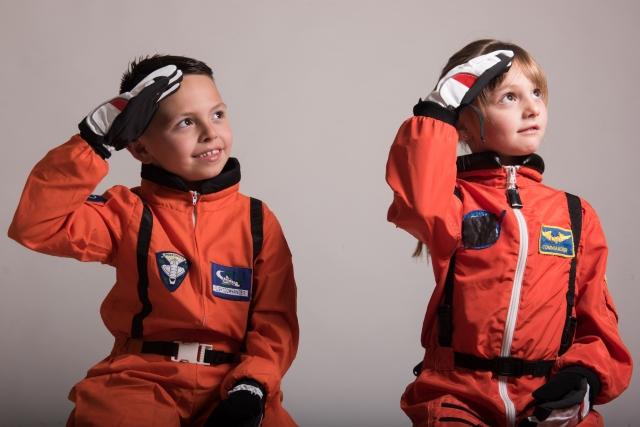 宇宙服・子供・職業訓練